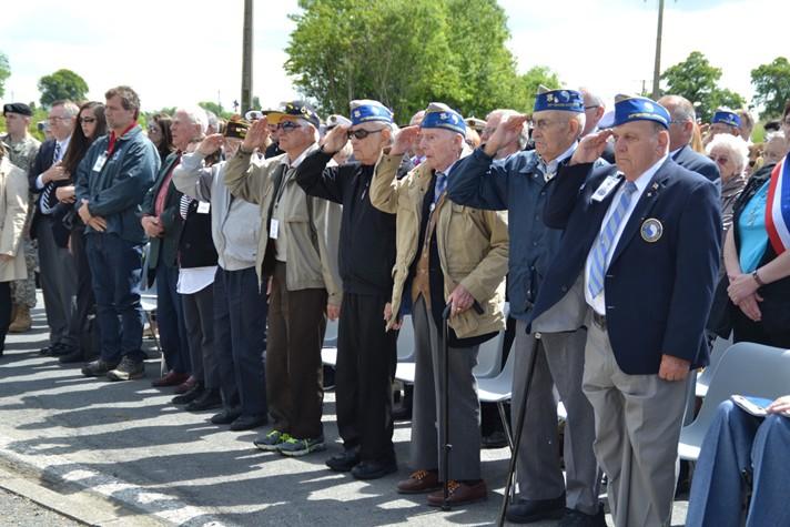 veterans-ceremonie-stele